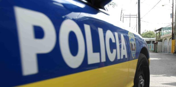 Agentes del Cuerpo de Investigaciones Criminales de Bayamón investigan los hechos. (Archivo)