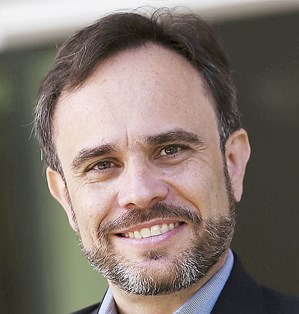 Prof. Gabriel Paizy