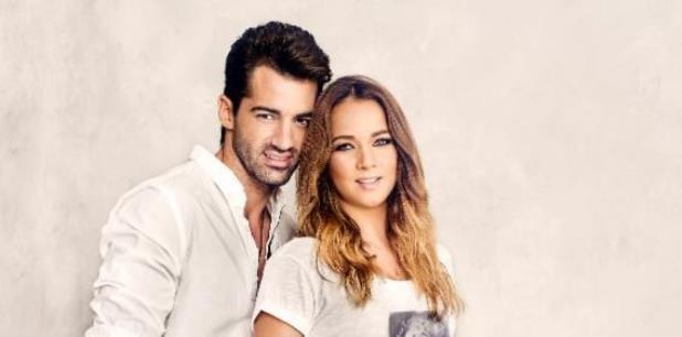 Adamari López y Toni Costa, quienes se casarán este año, están comprometidos desde 2013. (archivo)