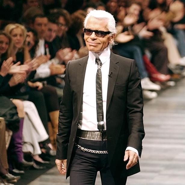 Karl Lagerfeld nunca bebió, fumó o consumió drogas y las únicas adicciones que se le conocían eran el trabajo y la soda. (Archivo)