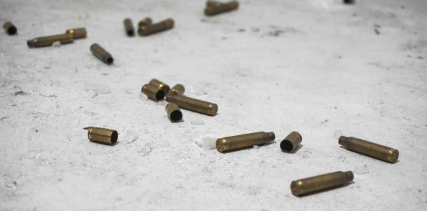 Uno de los asaltantes también falleció en la escena. (Archivo)