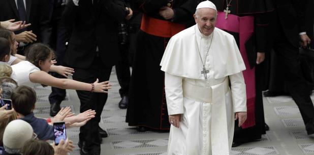 Aunque se ha pronunciado enérgicamente contra el aborto, el papa también ha expresado compasión por las mujeres que los han tenido. (AP / Andrew Medichini)
