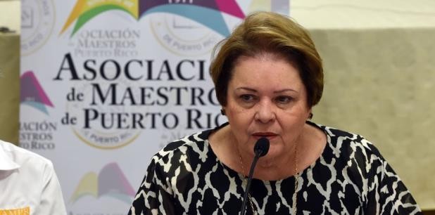 Tras culminar el proceso de consulta que decidiría el futuro de las pensiones de los maestros activos, la presidenta de la Asociación de Maestros, Aida Díaz, informó que la propuesta fue derrotada. (Archivo)