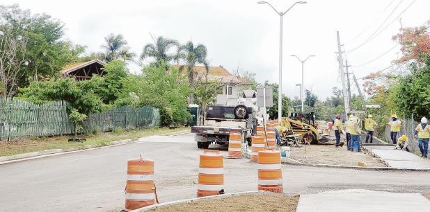 Aunque la vía de rodaje pertenece a la Autoridad de Carreteras, el municipio coameño logró un acuerdo con el Gobierno federal para el cual aportó unos $100,000 en la etapa de diseño.  (Suministrada)