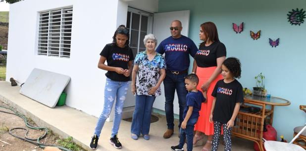 Primera Hora Familia Que Perdio Todo En Maria Tiene Casa
