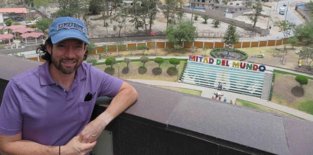 Hace siete años que Fernando   reside en Quito, ciudad a la que nunca pensó que emigraría junto con su esposa y sus tres hijos. (anaenid.lopez@gfrmedia.com)