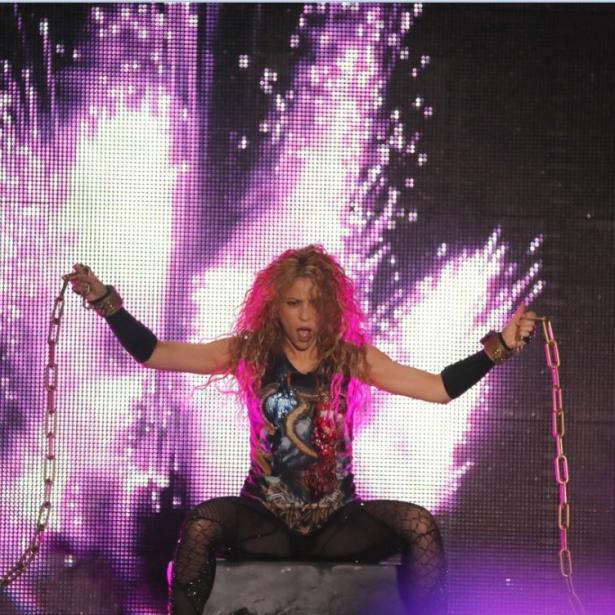 """Shakira en Concierto: El Dorado World Tour"""" muestra el resultado de su esfuerzo y el de su equipo para llevar el espectáculo a 22 países. (EFE)"""