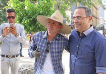 Desde que Gilberto Santa Rosa pisó suelo cubano, el cariño que ha sentido en esta isla, a la cual visita por primera vez en su carrera de 40 años, lo ha sorprendido. (Benjamín Morales)
