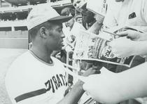Roberto Clemente fue la primera estrella latina en el béisbol de las Grandes Ligas. (Archivo histórico)