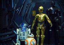 R2-D2, BB-8, C-3PO y K-2SO. (Archivo)