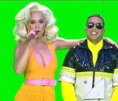 """Daddy Yankee y Snow ponen al mundo a ejercitarse en clases de Zumba con """"Con Calma"""""""