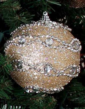 Tres pasos básicos al decorar el árbol de Navidad 354cf1491c331