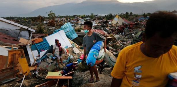 Image result for Aumenta a mas de 2 mil los muertos por terremoto tsunami en Indonesia