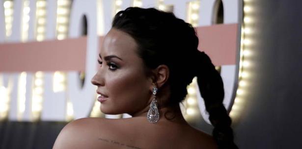 Demi Lovato Se Hace Nuevo Tatuaje Tras Celebrar Seis Meses De Sobriedad