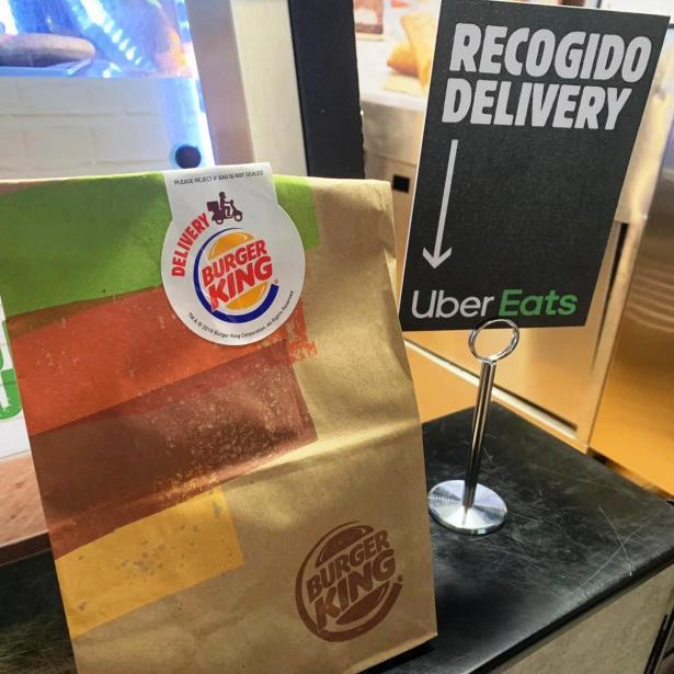 Uber Eats iniciará entregas de Burger King