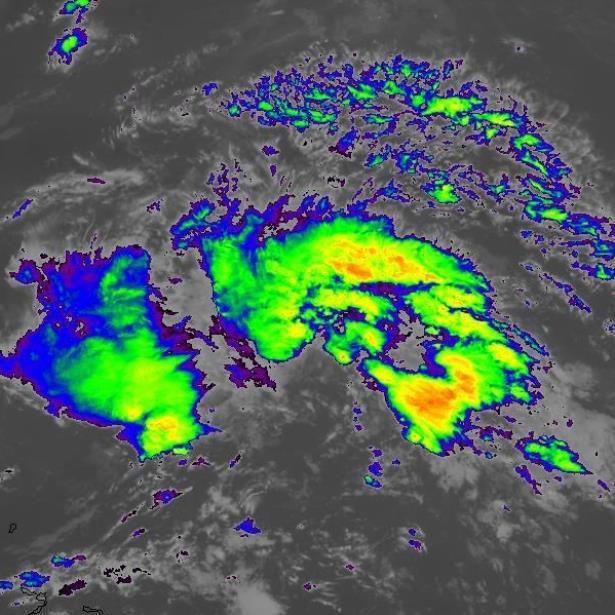 Alertan por Andrea, primera tormenta tropical del Atlántico