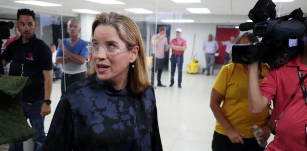 Carmen Yulín renuncia por conciencia  a la vicepresidencia del PPD
