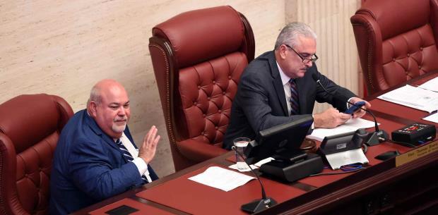 Legislatura aprueba reforma contributiva con límite de tragamonedas