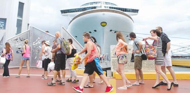 Llega a Puerto Rico la mayor cantidad de cruceros en un mismo día