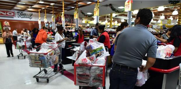 Comerciantes locales cruzan los dedos para el Black Friday