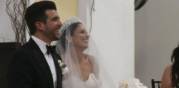 Aleyda Ortiz luce radiante en su boda
