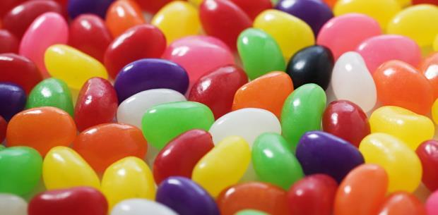 Se roban hasta los dulces en una escuela