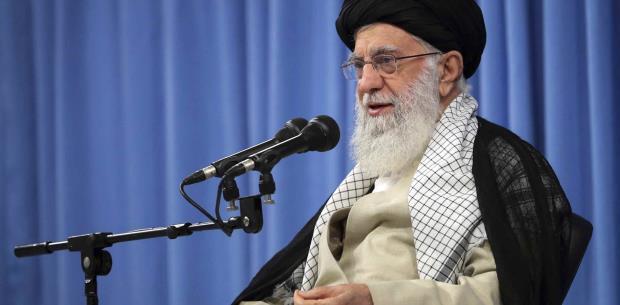 """Líder Supremo de Irán: """"No habrá conversaciones con EEUU""""."""